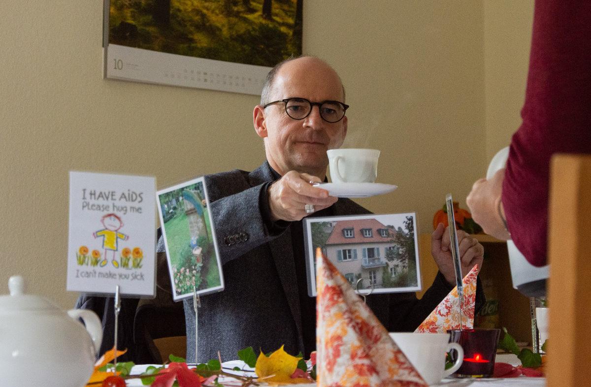 HIV/Aids-Wohngruppe feiert mit Bischof Franz Jung ihr 30 jähriges Bestehen